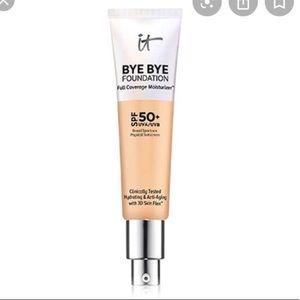 it cosmetics bye bye foundation Medium